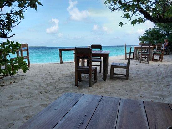Soneva Fushi Resort : Sea view from my table at Restaurant Nine