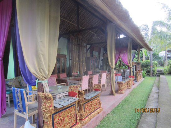 The Mansion Resort Hotel & Spa: outdoors