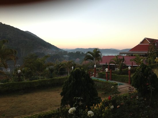 Hill Top Villa Resort Kalaw : View From Hotel