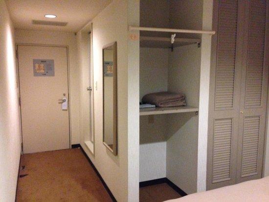 Hotel Hitachi Hills : クローゼット