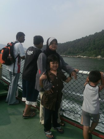 Anjungan Beach Resort: Taking ferry from Lumut to Pangkor Island