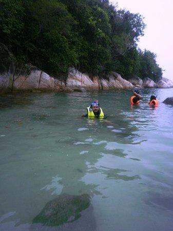 Anjungan Beach Resort & Spa: Snorkling point at Pangkor, Malaysia