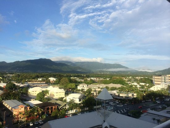 Rydges Esplanade Resort Cairns: Room 1005