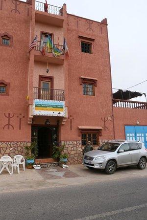 Maison D'hôtes Restaurant Chez L'Habitant Amazigh : Façade d'entrée