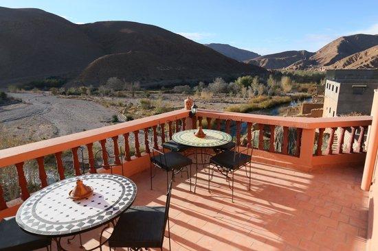 Maison D'hôtes Restaurant Chez L'Habitant Amazigh : Terrasse