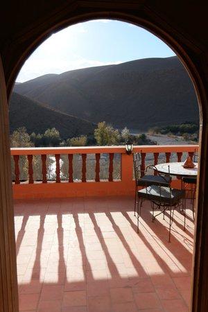 Maison D'hôtes Restaurant Chez L'Habitant Amazigh : Accès à la terrasse