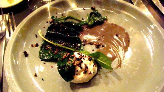 La Buvette : Une tuerie!!!! Epinards, crème ricotta, réduction au sésame et graines de sésame noir