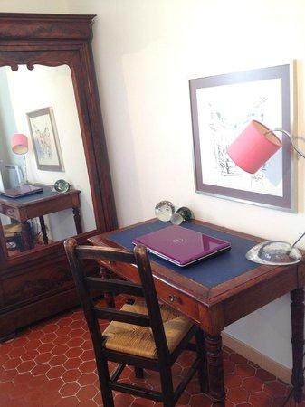 Appartements 7 Florian : Bureau