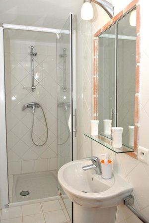 Appartements 7 Florian: Salle d'eau