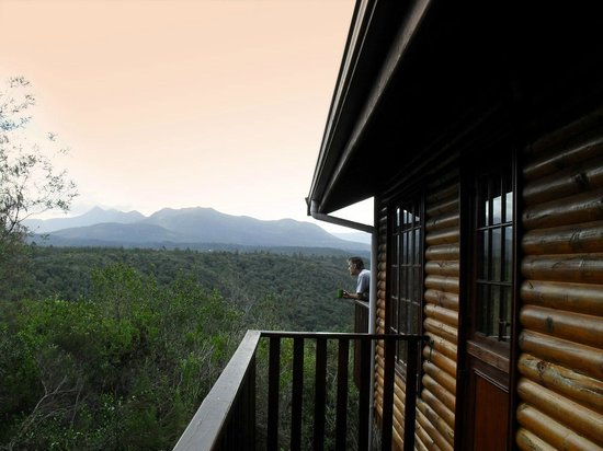 Homtini Guest Farm: View over the Outeniqua mountains