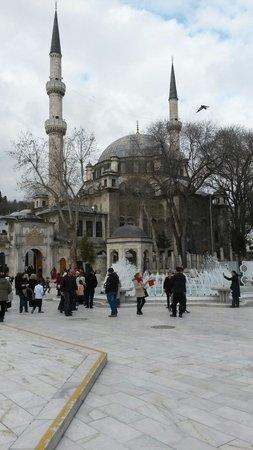 La mosquée Eyüp Sultan (Eyup Sultan Camii) : Eyup camii