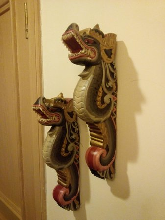 Le Meridien Jakarta : Nice dragon decoration
