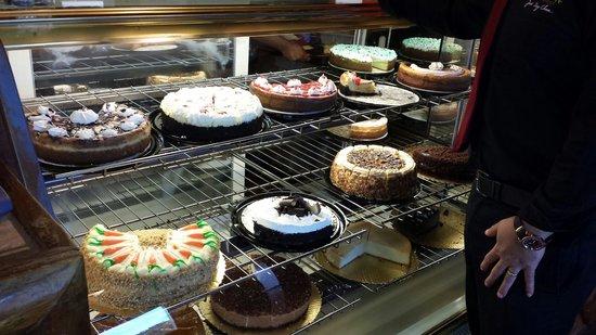 The Cheesecake Shoppe: A Cheesecake feast!