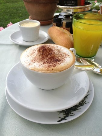 Hotel de Paris Monte-Carlo : breakfast