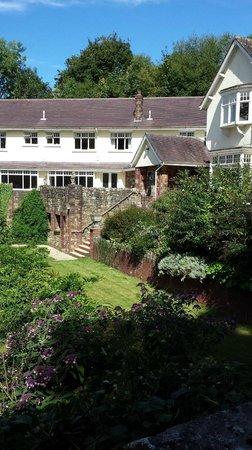 Heddon's Gate Hotel: Heddon's gate - hotel & front garden