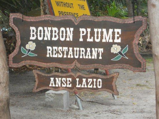 Bonbon Plume: Main entrance 1