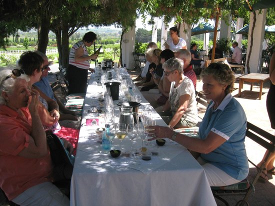 The Avontuur Estate Restaurant : Cobie putting us through our paces with the wine tasting! Thank you-we learnt soo much! Great wi