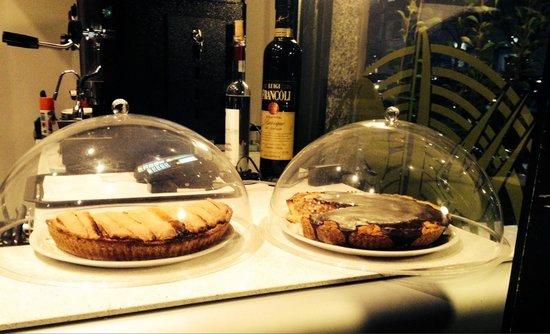 Le torte deliziose foto di ristorante la piccola - La piccola cucina milano ...