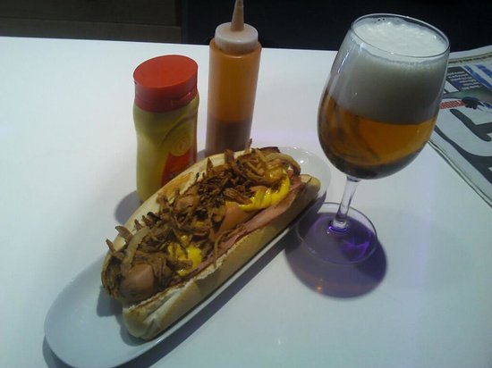 Bar Orrua: hot dog