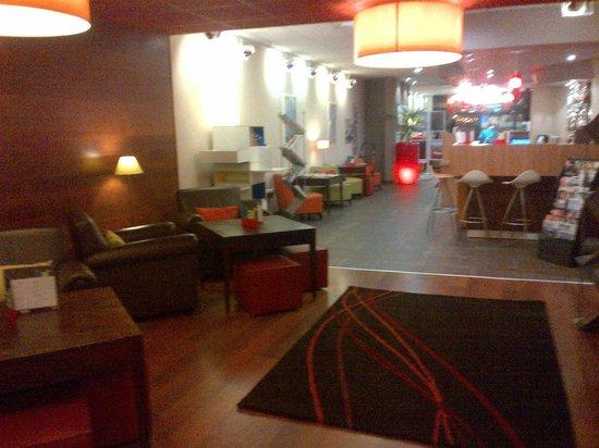 Ibis Styles Nancy Centre Gare : entrée