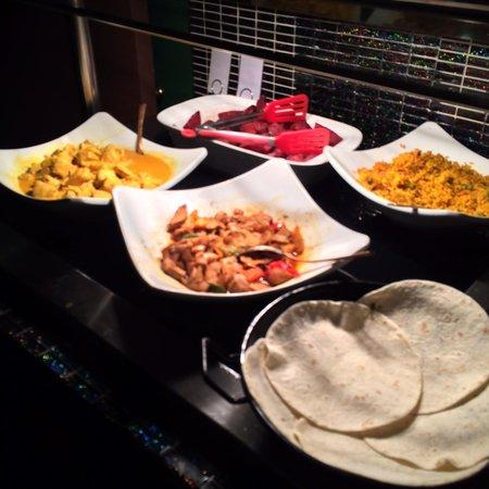 Cook & Indi's World Buffet: Buffet