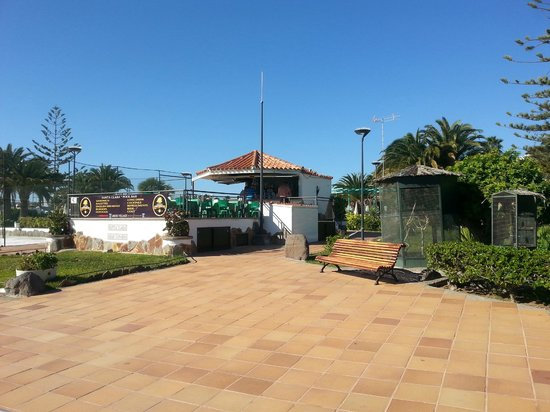 Strandbaren bild fr n santa clara bungalows playa del for Bungalows jardin del sol gran canaria
