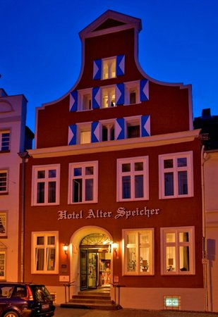 city partner hotel alter speicher wismar tyskland. Black Bedroom Furniture Sets. Home Design Ideas