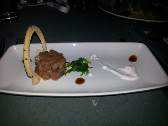 Rainforest Hideaway : Tuna tartar