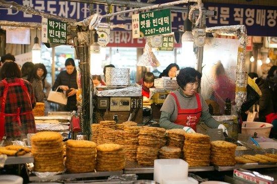 Gwangjang Market : the pancake parlours!