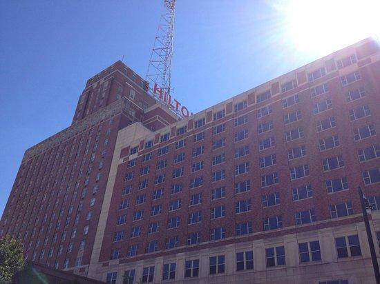 Hilton Milwaukee City Center: ホテル外観