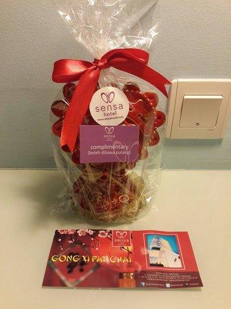 Sensa Hotel: Imlek complimentary..so cute and sweet
