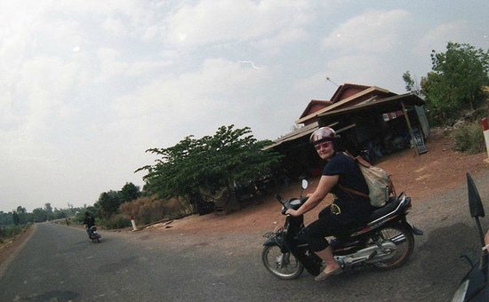 Khmer Ways - Moto Adventures Day Tours: Headed to the countryside.