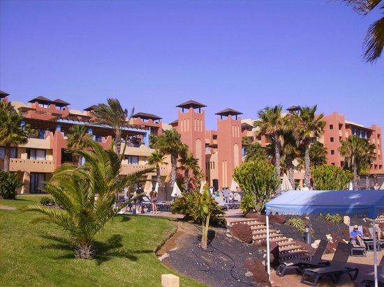 H10 Tindaya Hotel : vista dalla zona piscina