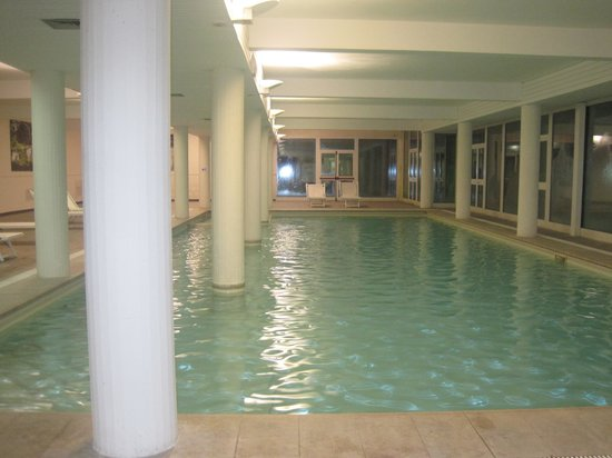 Demidoff Country Resort : swimming pool