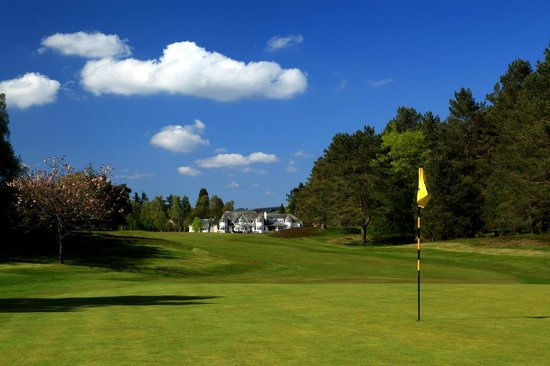 Blairgowrie Golf Club: View of club house from Rosemount 1st