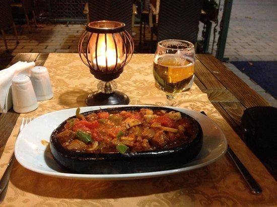 Alzer Hotel : Maten var otroligt god