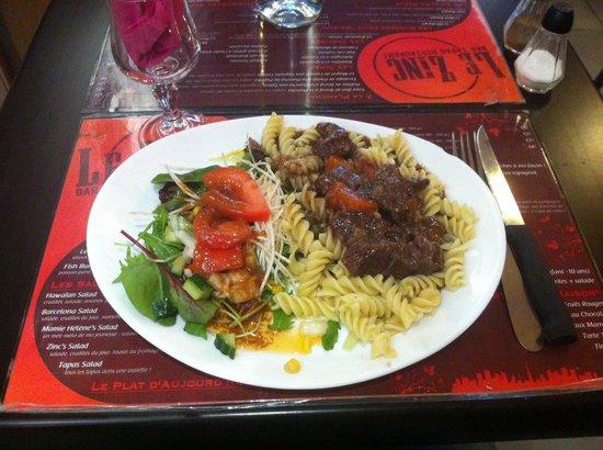 le zinc: Des plats du jour toujours aussi merveilleux !  Une adresse incontournable. N'hésitez pas a v