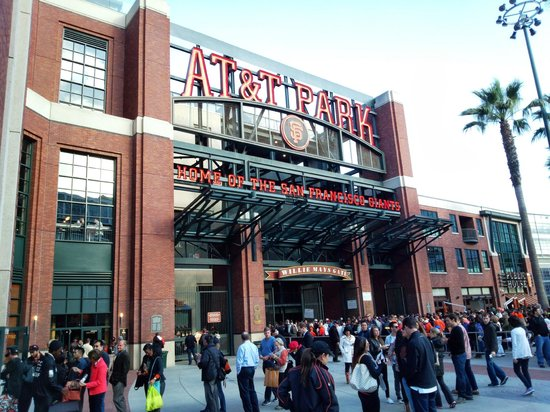 AT&T Park : 正面