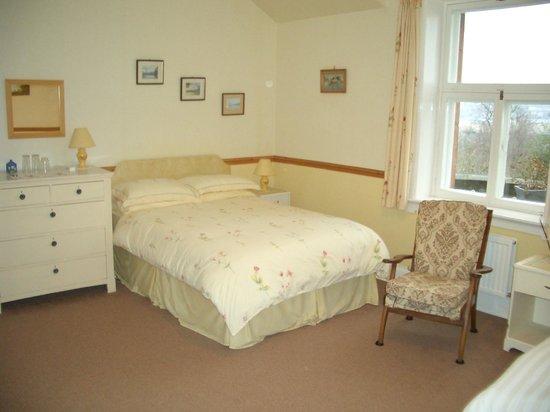 Old St Leonard's Manse: Bedroom