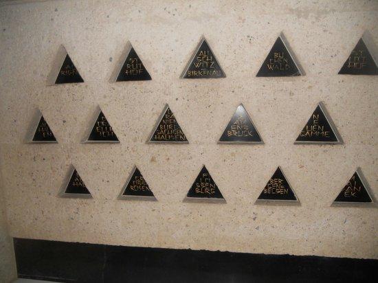 Mémorial des Martyrs de la Déportation : Deportation Memorial: listing of the camps
