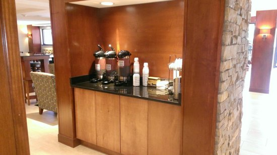 Comfort Inn Plymouth: Coffee Bar