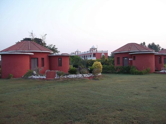 Aum Health Resort: hotel and cottages