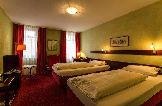 Stadt-Hotel Lörrach: Zimmer