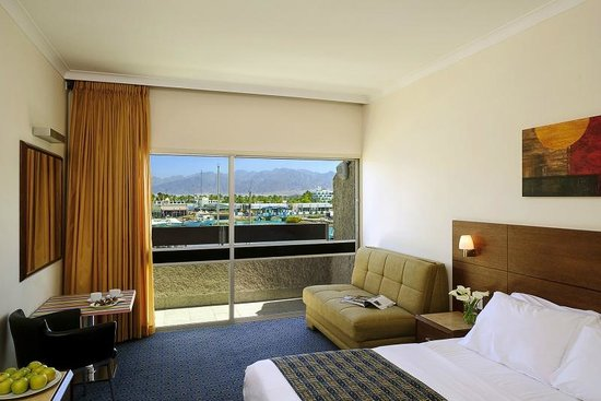 Caesar Premier Eilat : a regular room
