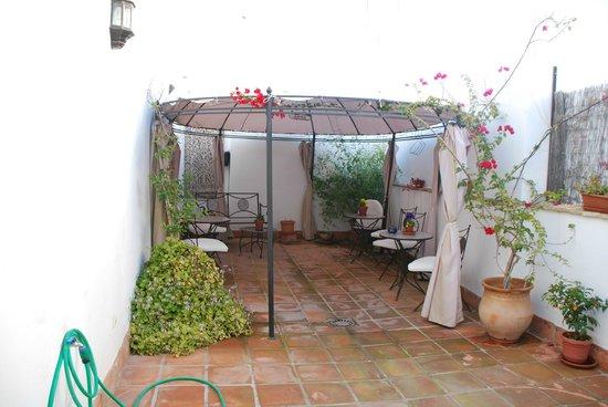 Foto de Banos Arabes de Cordoba, Córdoba: Terraza de verano ...
