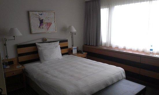 Swissotel Zürich: chambre