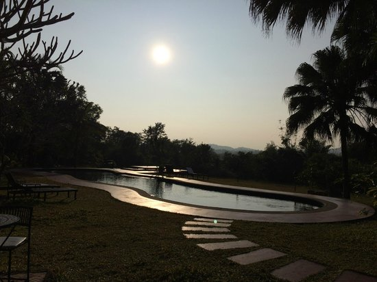 Naga Hill Resort: Pool