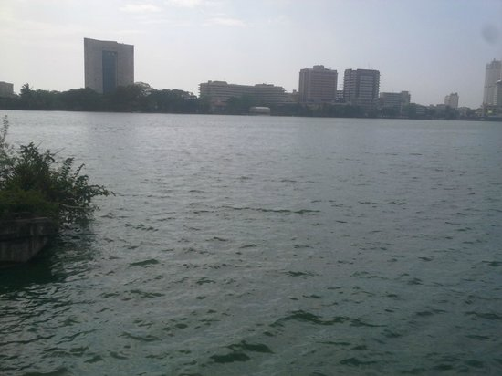 Cey Nor Thai Seafood Restaurant: View of the Bere Lake