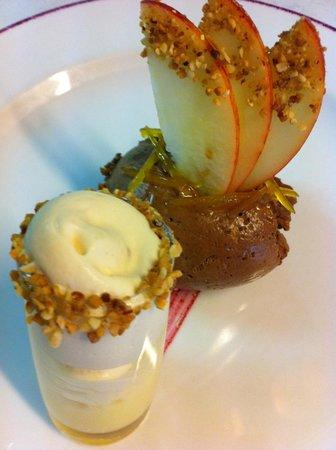 La Paix - Restaurant - Hotel - Tournus : mousse de chocolat noir