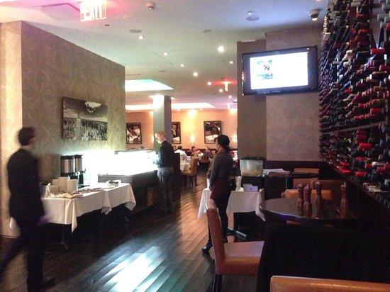 Breakfast Area Billede Af Hilton Garden Inn New York Central Park South Midtown West New York